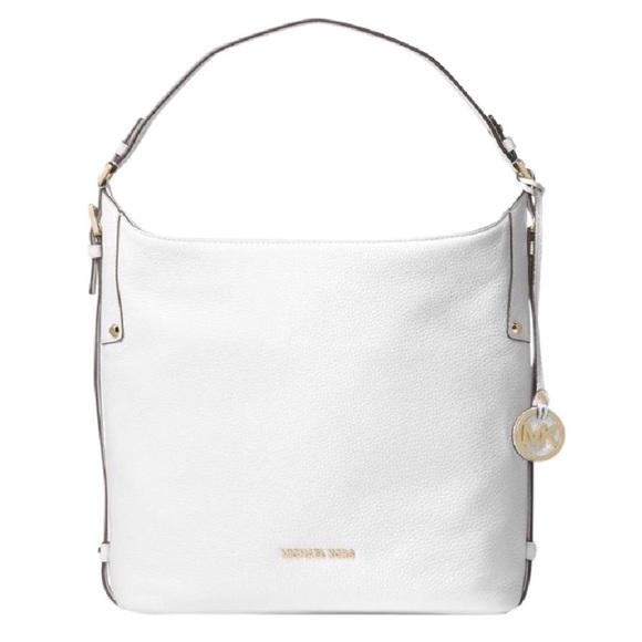 521feb05bc9f Michael Kors Bedford Belted Large Shoulder Bag. M 5aa0713e5521be99f0c93dfe